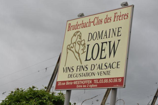 Le panneau Domaine Loew sur le clods des Frères Bruderbach